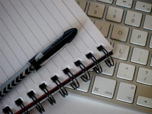 Tetap Berjuang di Zona Revolusi: Penulis dan Blogger Ideologis